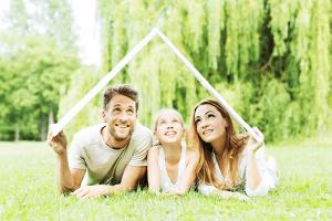 Familien aufgepasst: Günstiger zur eigenen Immobilie mit Baukindergeld